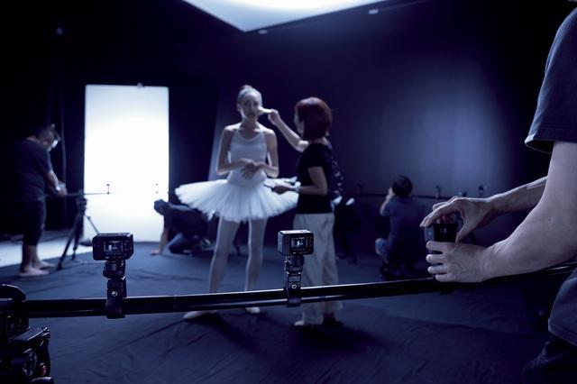 画像2: RX0は「手のひらサイズ」でクリエーターの創造力&想像力をかきたてる!?