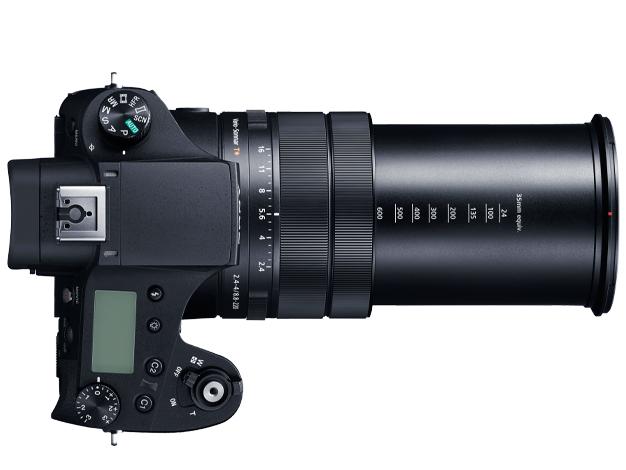 画像: ▲レンズをテレ端(600mm相当の画角)にした状態。こうなると「コンデジ」とは正直いい難いが、レンズ交換式デジタルカメラの600mmレンズを持つことを考えたら、このカメラのパフォーマンスの高さがわかるだろう。 www.sony.jp
