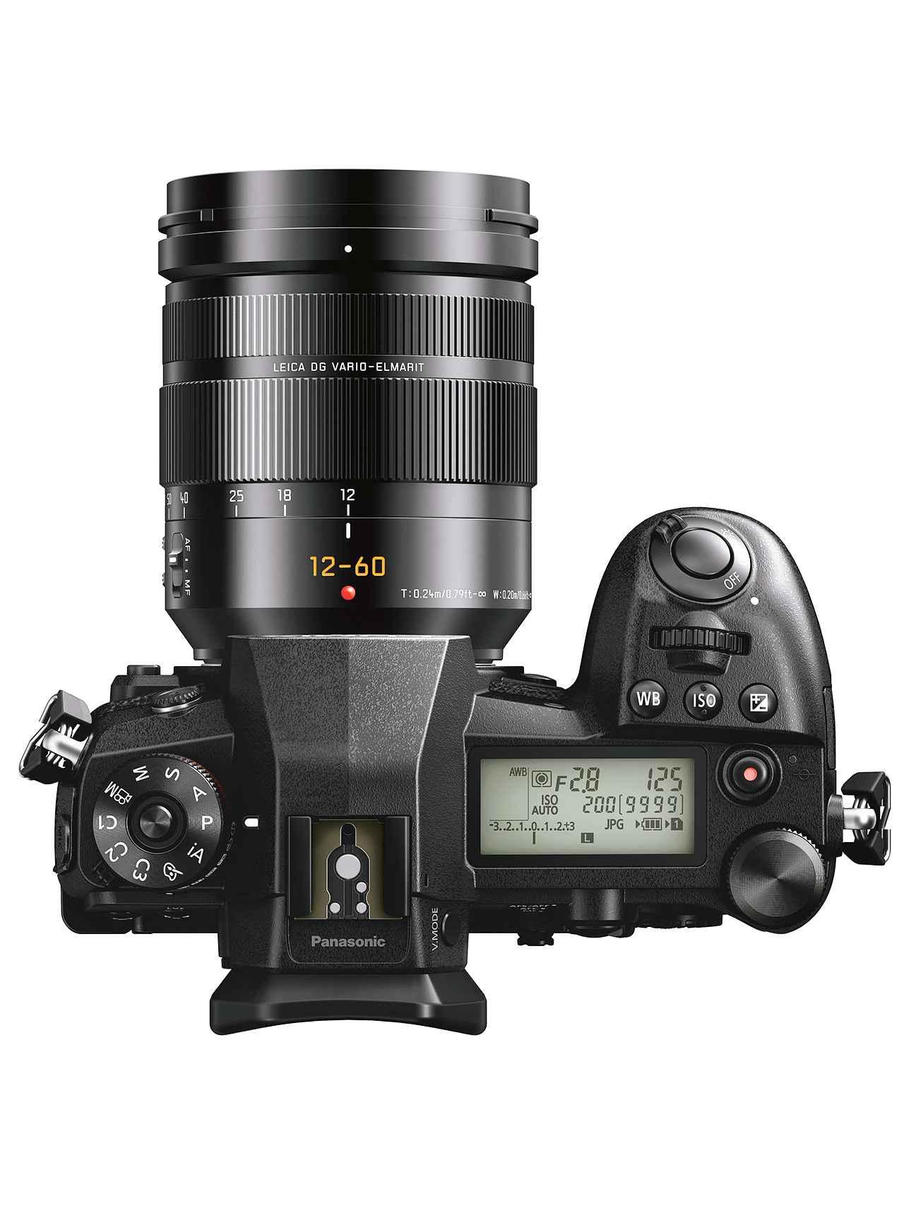 画像: ▲「写真撮影のフラッグシップ機」としてのこだわりは、Gシリーズ初のボディトップ部への「ステータスLCD」搭載にも表れる。