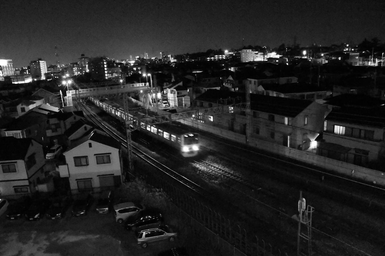 画像: F5.6 1/30sec. ISO不明 夜の11時くらいでしょうか。酔っぱらっててもちゃんと写っています。