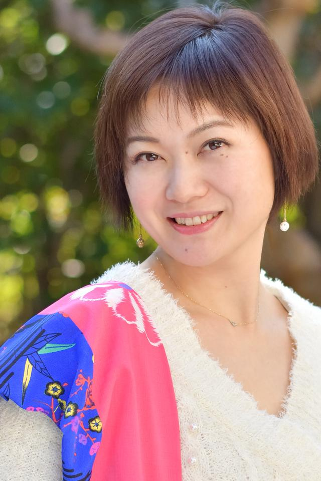 画像: 水咲奈々(Nana Misaki)東京都出身。大学卒業後、舞台俳優として活動するがモデルとしてカメラの前に立つうちに撮る側に興味が湧き、作品を持ち込んだカメラ雑誌の出版社に入社し編集と写真を学ぶ。現在はフリーの写真家として雑誌やイベント、ニコンカレッジやLUMIXフォトスクールの写真教室など、多方面で活動中。興味を持った被写体に積極的にアプローチするので撮影ジャンルは赤ちゃんから戦闘機までと幅広い。(社)日本写真家協会(JPS)会員。 misakinana.com