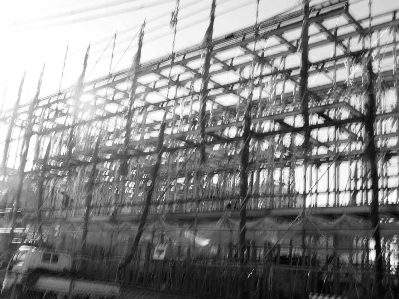画像: 建築現場。このテは80年代インディーズバンドのジャケ写であふれていたので、親近感アリ。