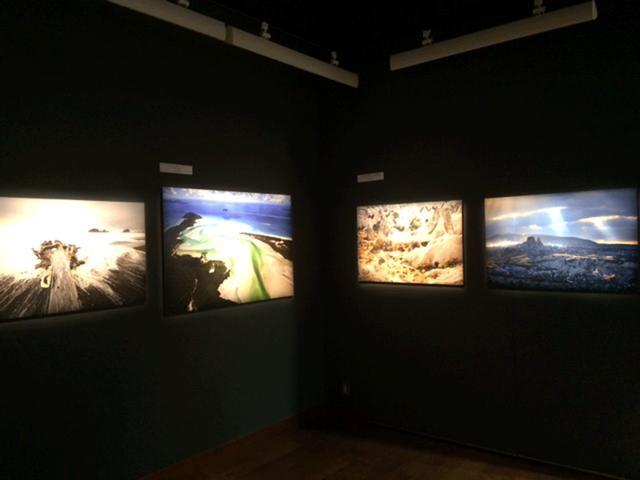 画像1: 野町和嘉写真展『PLANET』は、世界遺産がテーマの「2018年キヤノンカレンダー」のために海外で撮り下ろした作品中、カレンダーには使用しなかった作品23点を展示。