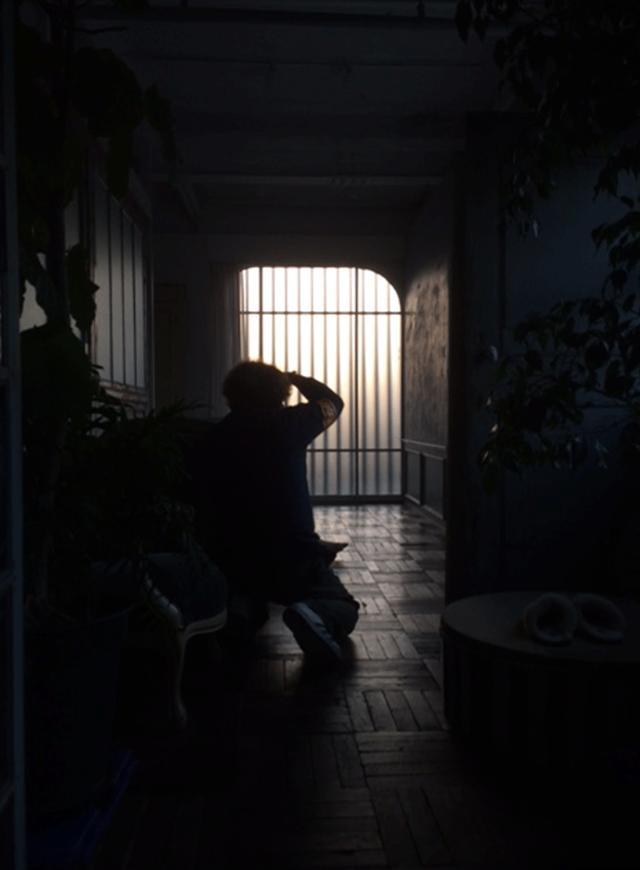 画像: 夕方、時間にして16時半過ぎ。こんなに暗いのに…。