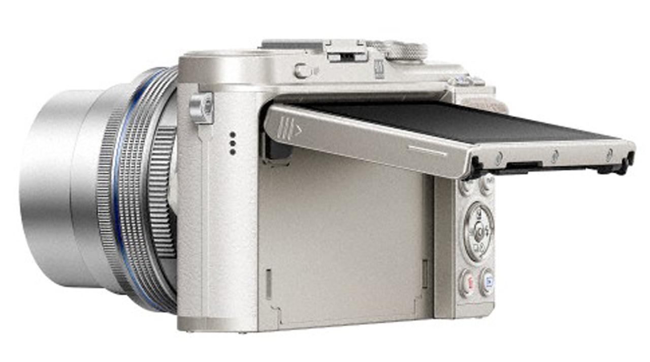 画像: ▲モニターは上方に約80°稼働する。 www.olympus-imaging.jp