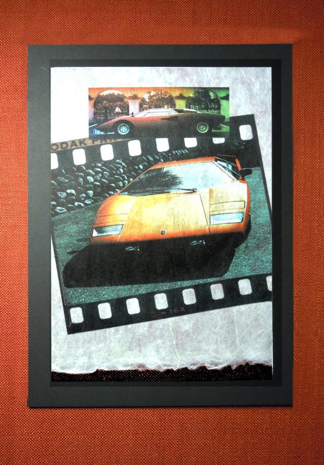 画像: 手すき長毛伊勢和紙にプリントされた作品が2018年2月1日よりオートバックス代官山店に併設された「代官山Podium(ポディウム)」にて展示販売を開始している。