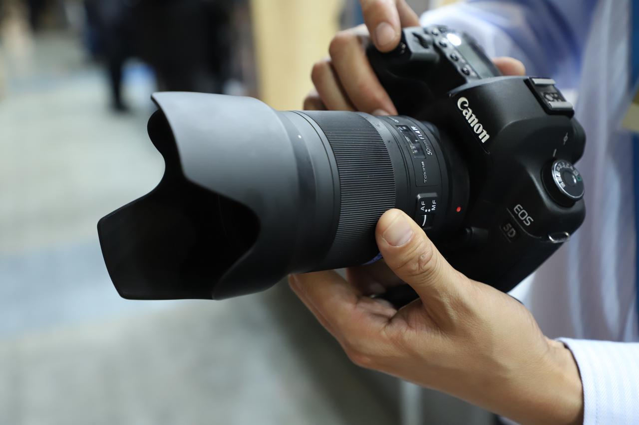 画像: こちらの「opera 50mm F1.4 FF1」も期待です!