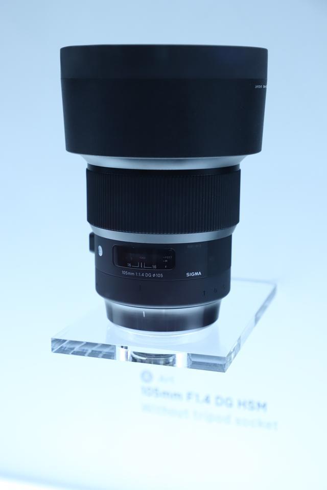 画像3: 注目のレンズは開発中の2本! 105mmF1.4と70mmF2.8!