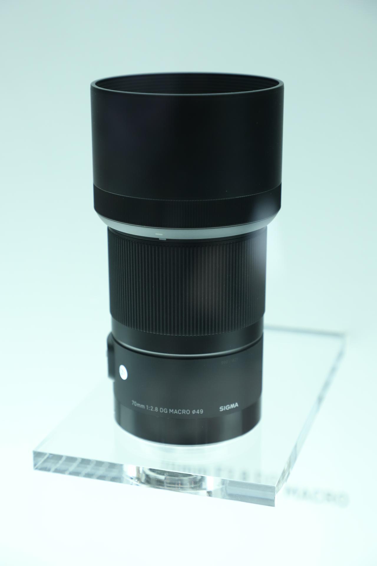 画像4: 注目のレンズは開発中の2本! 105mmF1.4と70mmF2.8!