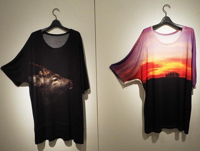 画像: 会場には3月9日から数量限定で発売となるカットソー「Ground Y × Hiroki INOUE collection」(2万2000円・税抜)も展示される
