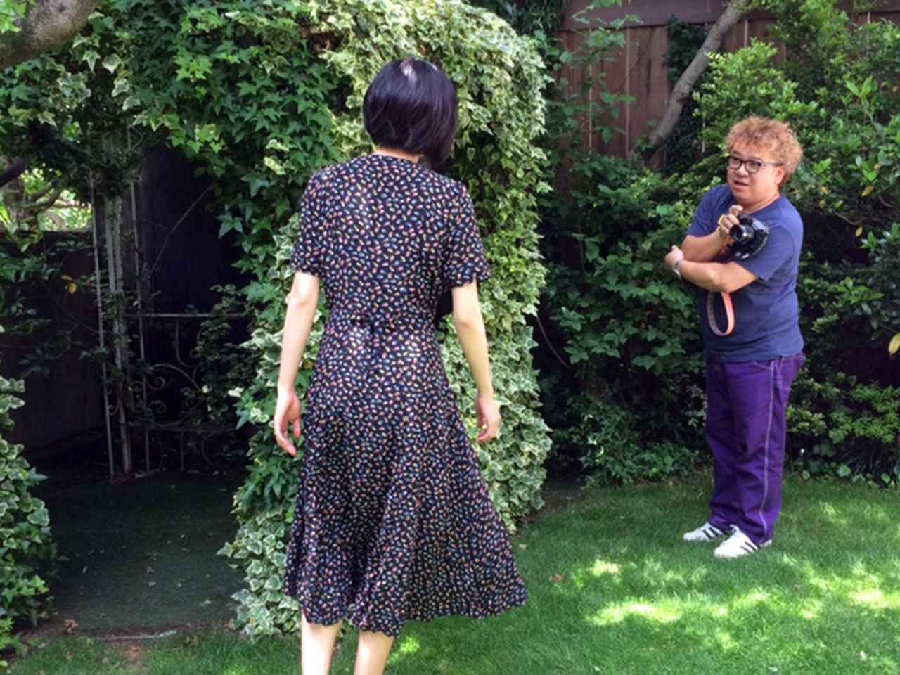 画像: カバーガールは初登場の女優さんです。背が高く、美人&キュート&フレンドリー!!
