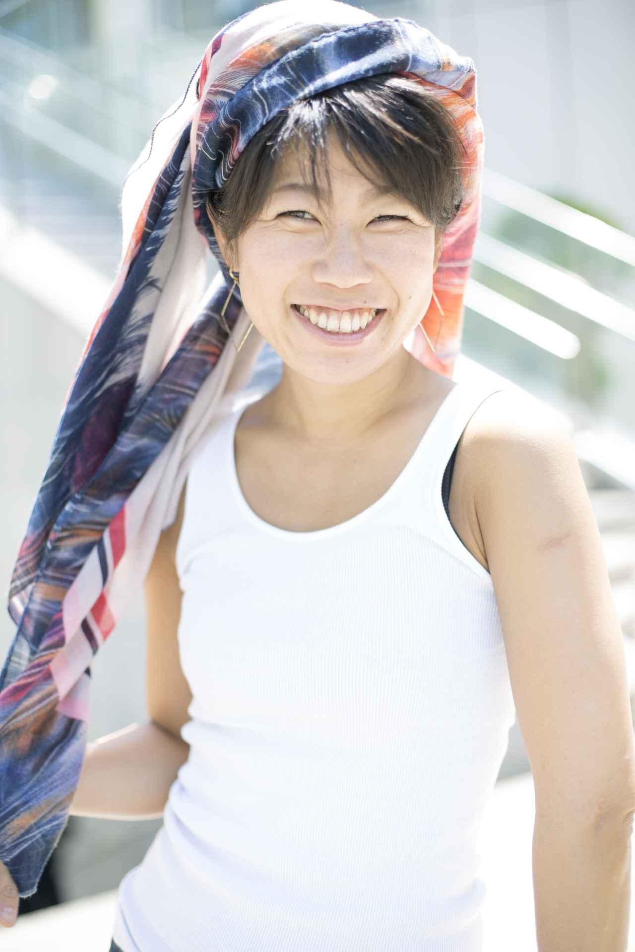 画像: 奈良県飛鳥出身、東京都在住。大阪芸術大学写真学科在学中、アジアの国々を訪れるうちに暮らしの中に存在する宗教、文化そして人間に惹かれ、特にインドネシアのバリ島に魅了された。卒業後にウェディングフォトグラファーとして約3年間バリ島に在住。帰国後も作品制作を継続中。 www.makishimada.com