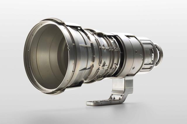 画像: フルマグネシウム製の鏡筒