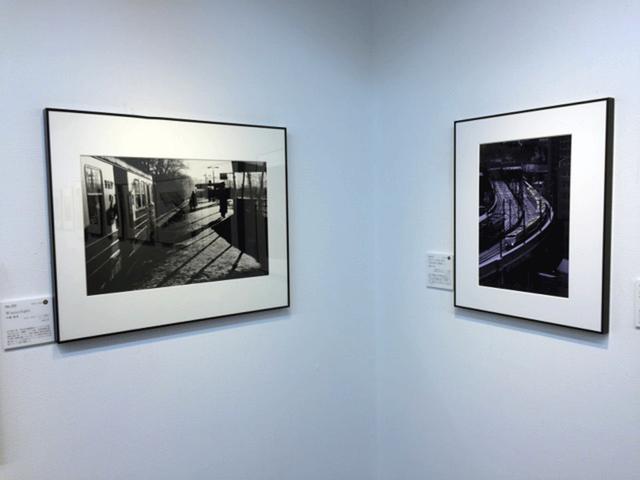 画像: 左が中藤毅彦氏の、右が金城正道氏の、鉄道写真。