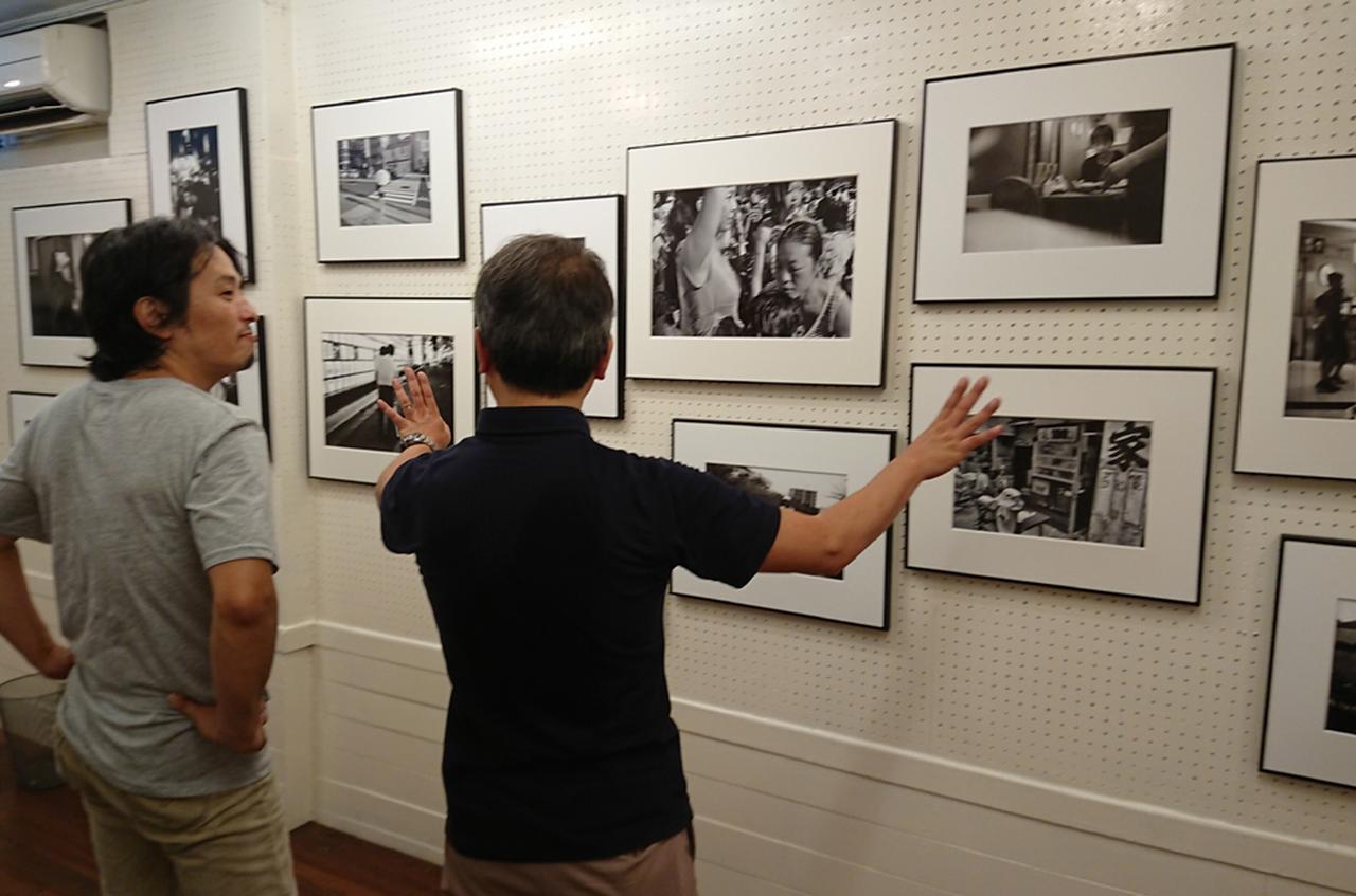 画像: 今回の写真展の来場者は、ギャラリー開設史上、相当多く、高い人気とのこと。見逃すな! www.niepce-tokyo.net