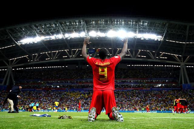 画像: ベルギー代表のロメル・ルカク、勝利のガッツポーズ