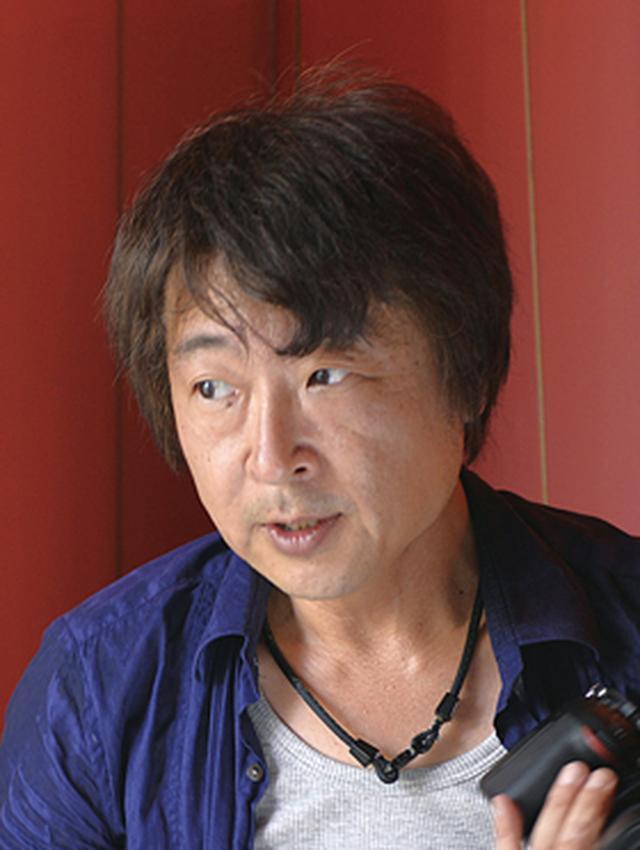 画像: ハヤシアキヒロ 岐阜県出身。大阪芸術大学芸術学部写真学科卒業後、坂本樹勇氏に師事。水中写真プロダクション、大手芸能事務所専属を経て独立。映画、エディトリアル、広告など芸能・著名人の撮影を中心に活動。最近では映画本編の写真監修、特撮映画のムービーも担当。自身の作品の要素は、光と影と空気感、そしてほんの少しの余白。APA公益社団法人日本広告写真家協会 正会員。
