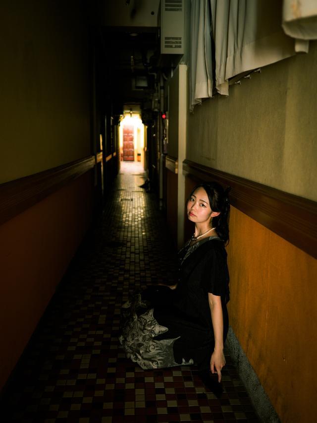 画像: 「柳ケ瀬は今日みなさんが体験したような感じのところです。今日撮った写真が、30年後も記録として残っているように願っています」(モデルの椎名真夕) ●撮影:ハヤシアキヒロ
