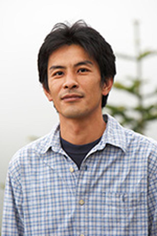 画像: 並木隆 (なみきたかし) 1971年東京生まれ。高校生時代月刊カメラマンを通じてに丸林正則氏と出会い、以降写真の指導を受ける。東京写真専門学校(現・東京ビジュアルアーツ)中退後、フリーランスに。花や自然をモチーフに各種雑誌誌面での作品発表。日本写真家協会、日本写真協会、日本自然科学写真協会会員。