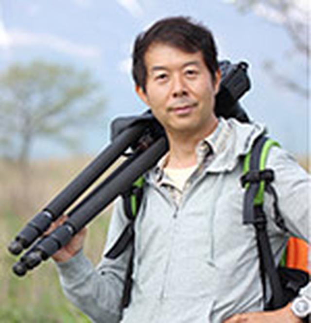 画像: 石井孝親 (いしいよしちか) 1967年 横浜生まれ。2000年 写真館勤務を経て自然写真家として活動を始める。2010年 光を生かす花の撮影術 日本カメラ社。2017年 10月銀座キヤノンギャラリーにて写真展「小さな自然との触れ合い」開催。その他 写真展多数開催。2017年7月 NHK趣味の園芸 花遊美「熱帯植物の撮影テク・ハイビスカス」に出演。2017年8月 NHK趣味の園芸 花遊美「夏の花の撮影テク・ヒマワリ」に出演。2018年 第15回 タムロン・マクロレンズフォトコンテスト・ネイチャーの部審査員。