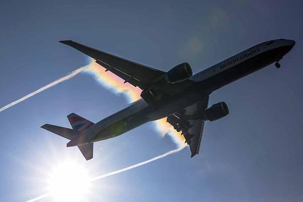 画像22: それでは乗り物の素敵な写真はどうでしょう ~2019カレンダー素材写真特集 飛行機・車・鉄道~