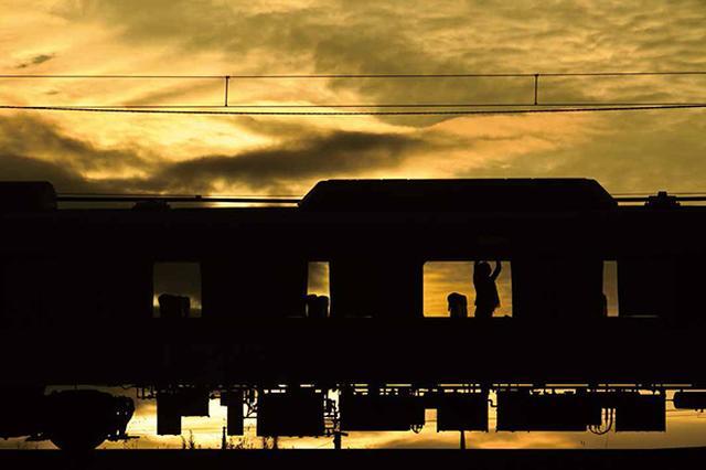 画像25: それでは乗り物の素敵な写真はどうでしょう ~2019カレンダー素材写真特集 飛行機・車・鉄道~