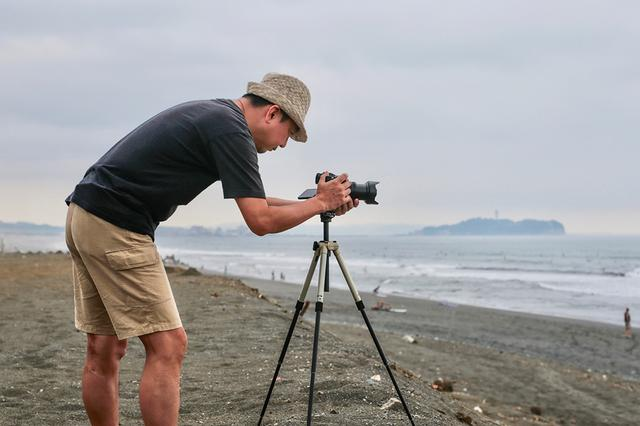 画像: 小型軽量で重宝しているVelbon ULTRA MAXi SFにLH-25を装着して夏の海を撮影。