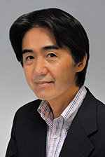 画像: 斉藤勝則 (さいとうかつのり) 神奈川県生まれ、東海大学工学部生産機械工学科卒。写真家 内田隆章氏に師事。1996年フォトデザイン会社(有)ケー・エス・ワン設立。撮影分野は、風景、スナップ、モデル、スポーツ、静物から水中、ムービーまでオールラウンド。ライフワークとして、航空機の撮影や海外のビーチリゾートを撮影。webを含む広告の撮影、カメラ誌の執筆も行う。現在、(社)日本写真家協会(JPS)会員、ニコンカレッジ東京校講師。