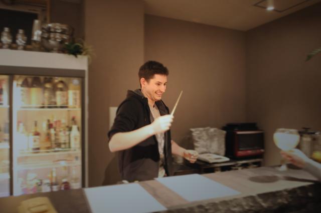 画像3: 博多によーきんしゃったね!  グローバルでディープな博多の今をリアルにレポート!  〜「ホステルで本格フランス家庭料理を堪能できるばい!」編〜