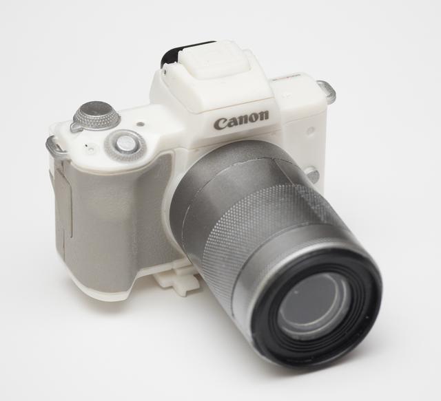画像: Canon EOS Kiss M(ホワイト)アクセサリー+EF-M55-200mm F4.5-6.3 IS STM