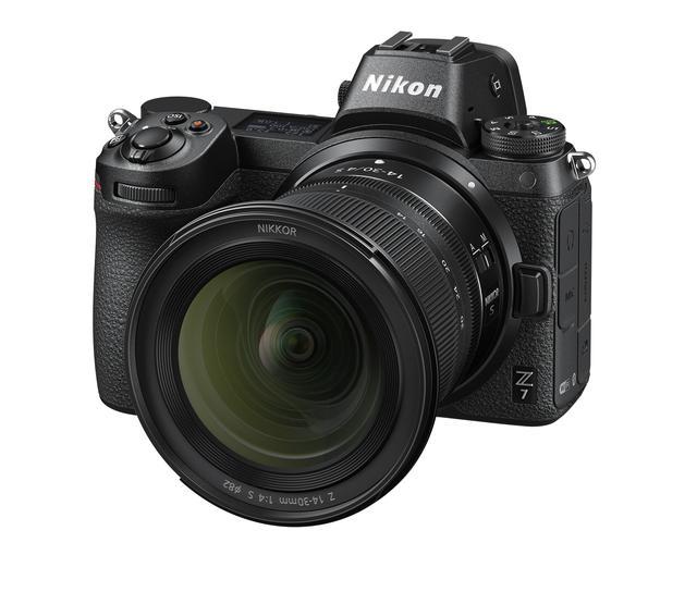 画像: ニコンZ 7に装着したNIKKOR Z 14-30mm f/4 S