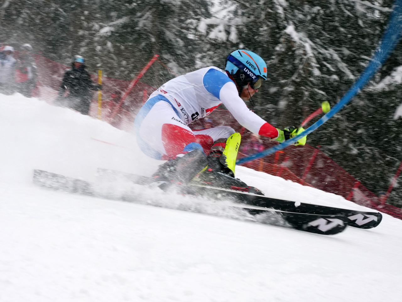 画像4: さぁ、スキーレースが始まれば被写体(レーサー)をどのように捉えるかに集中する。