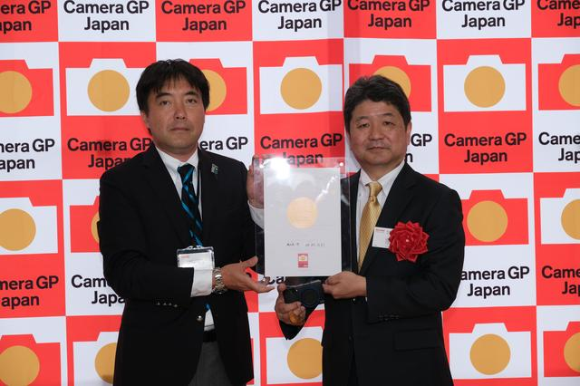画像1: カメラグランプリ2019「カメラ記者クラブ賞」はリコー GR Ⅲ
