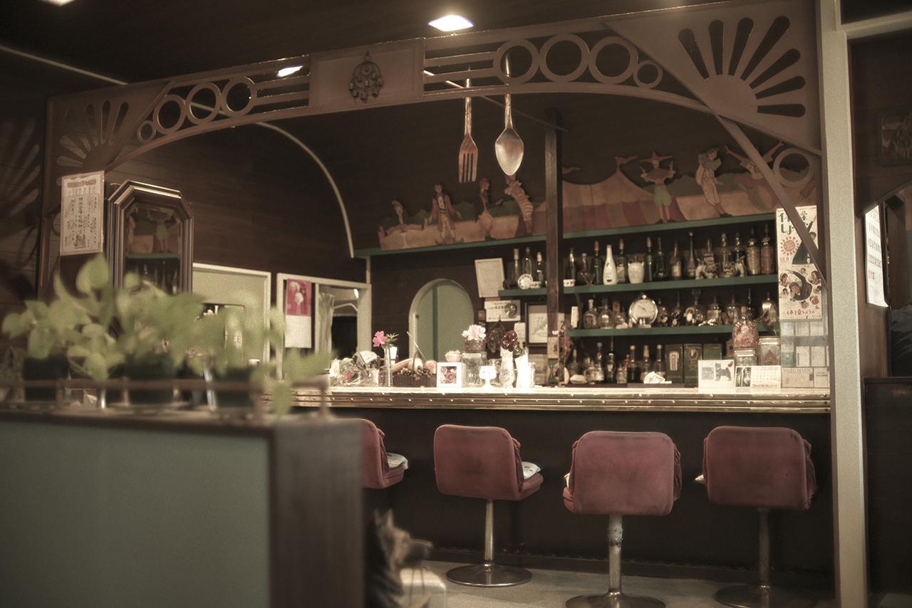画像2: 海沿いらしいおしゃれでのんびりムードな喫茶店「オリビエ」