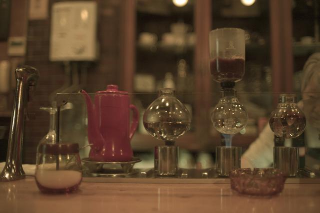 画像5: おとなりの駅、高円寺へ移動 さっそくお茶を「なかむら珈琲店」で