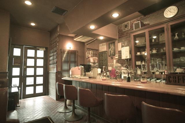 画像2: おとなりの駅、高円寺へ移動 さっそくお茶を「なかむら珈琲店」で