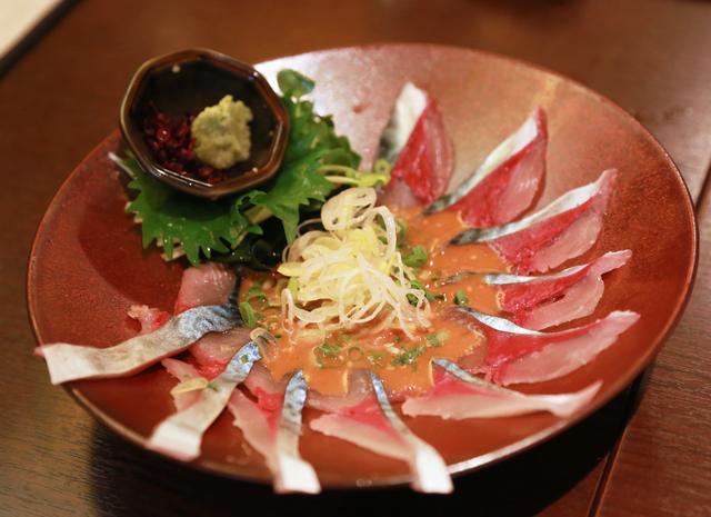 画像2: 博多に来たら新鮮なゴマ鯖食べちゃってん!