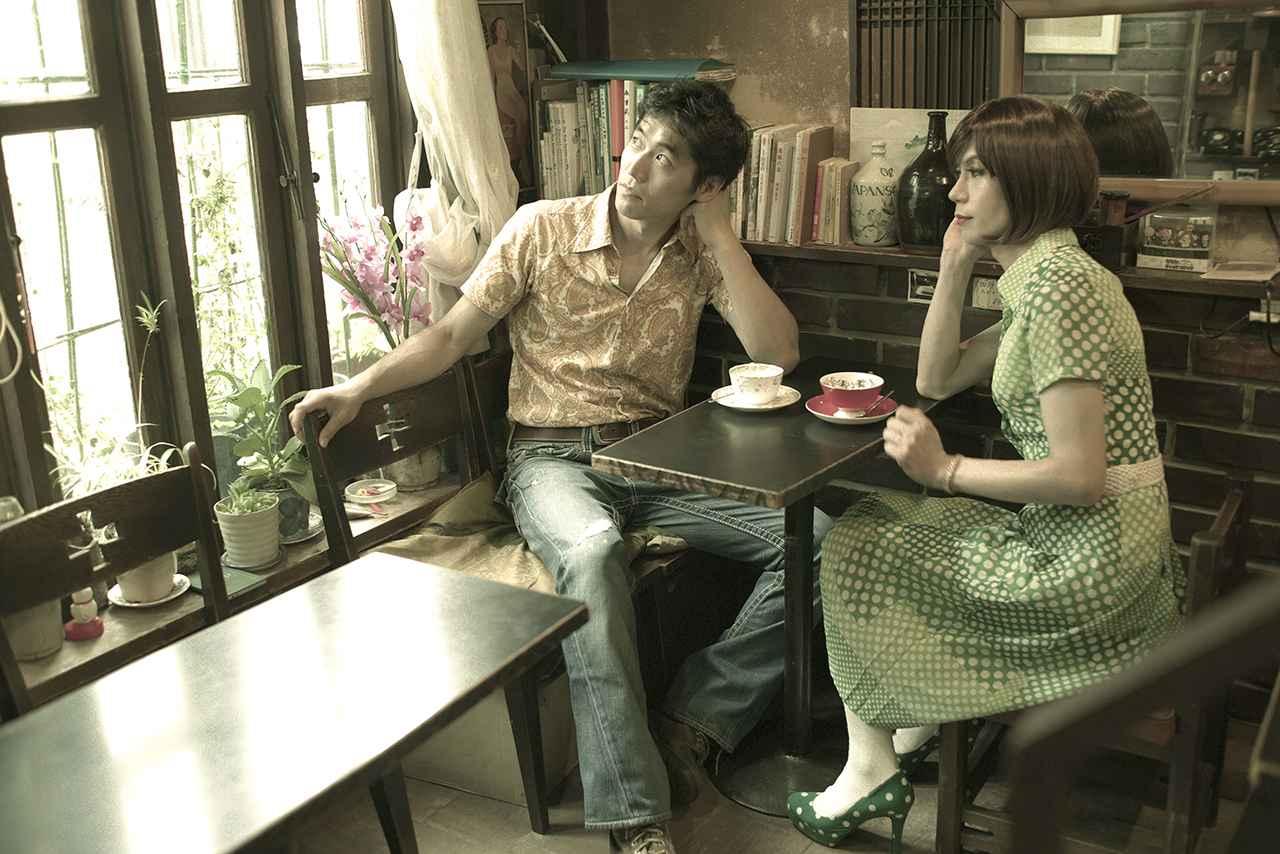 画像7: 「世田谷邪宗門」 店構えとは裏腹におしゃべりに花の咲く明るい喫茶店