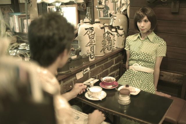 画像6: 「世田谷邪宗門」 店構えとは裏腹におしゃべりに花の咲く明るい喫茶店