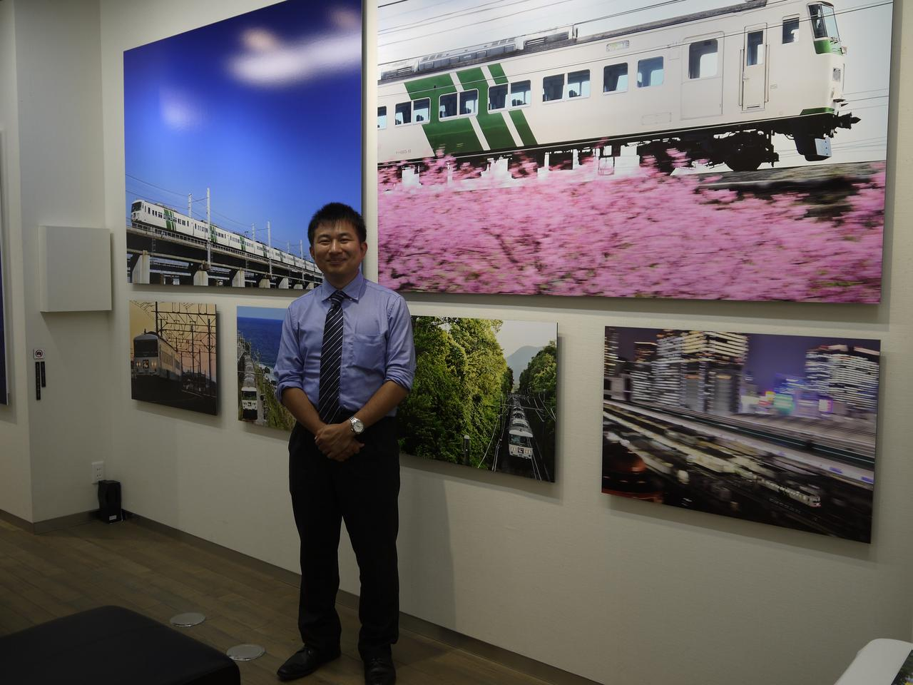 画像2: 杉山 慧写真展「走れ! グリーンストライプ! 特急『踊り子』号」、 FMエキシビションサロン銀座1階で10月8日(火)15時まで。