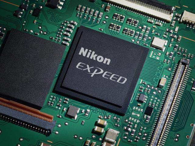 画像: Z 7 / Z 6にも採用されている画像処理エンジン EXPEED 6を搭載