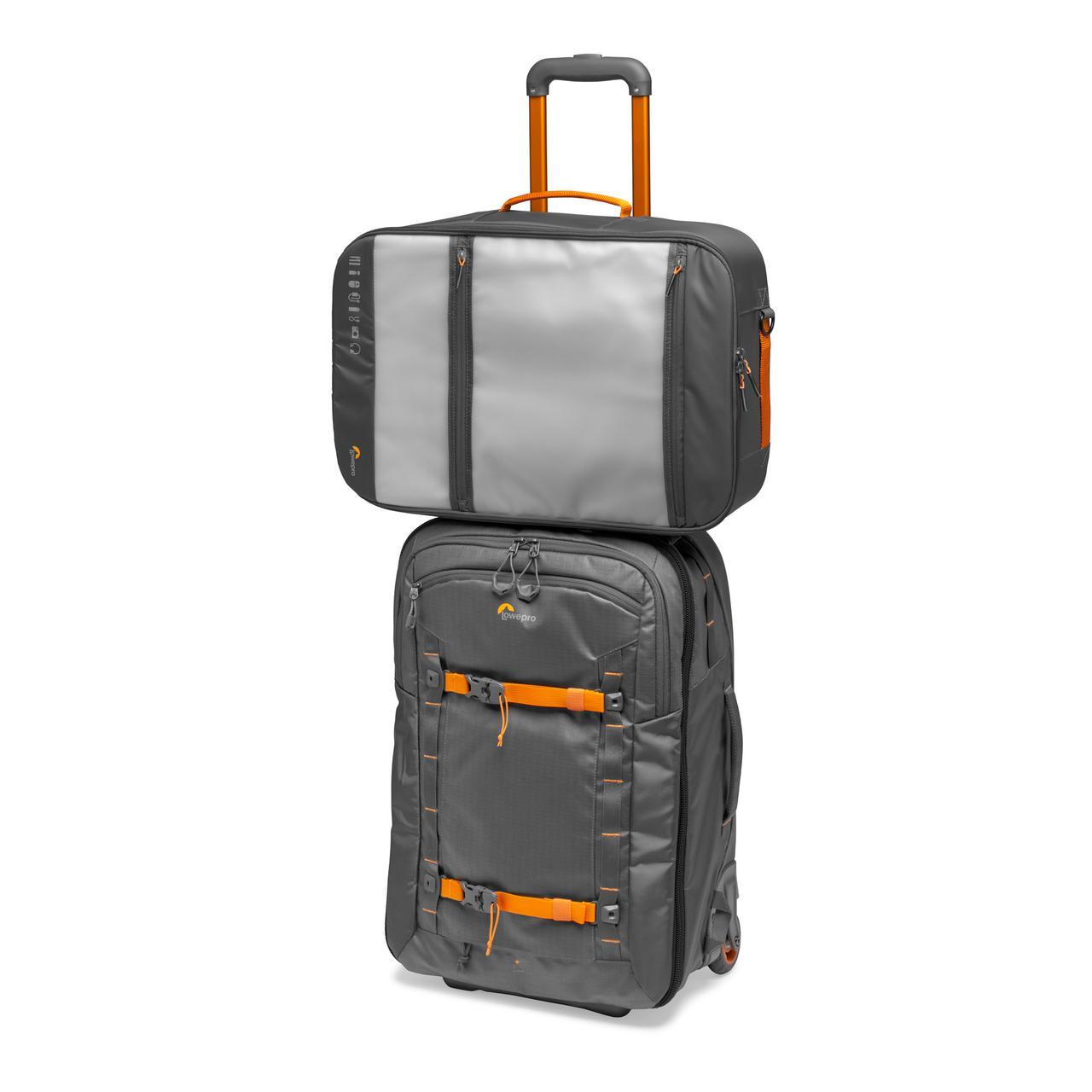 画像9: プロフォトグラファー向けバッグ。機内持ち込み可能サイズで便利!