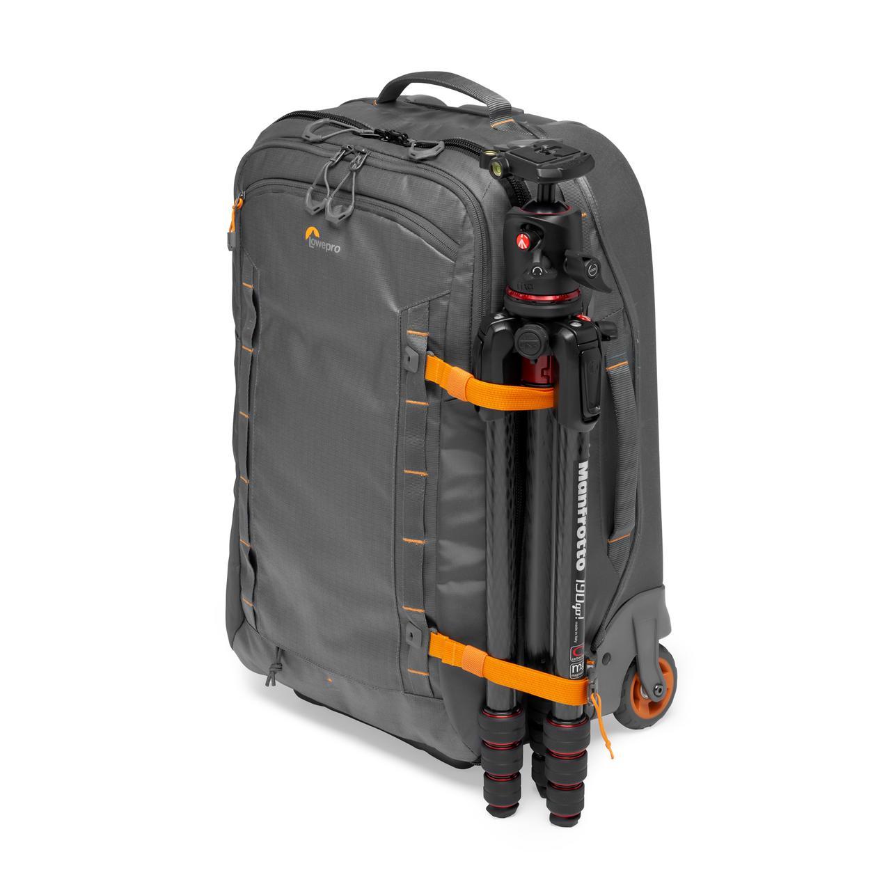 画像4: プロフォトグラファー向けバッグ。機内持ち込み可能サイズで便利!