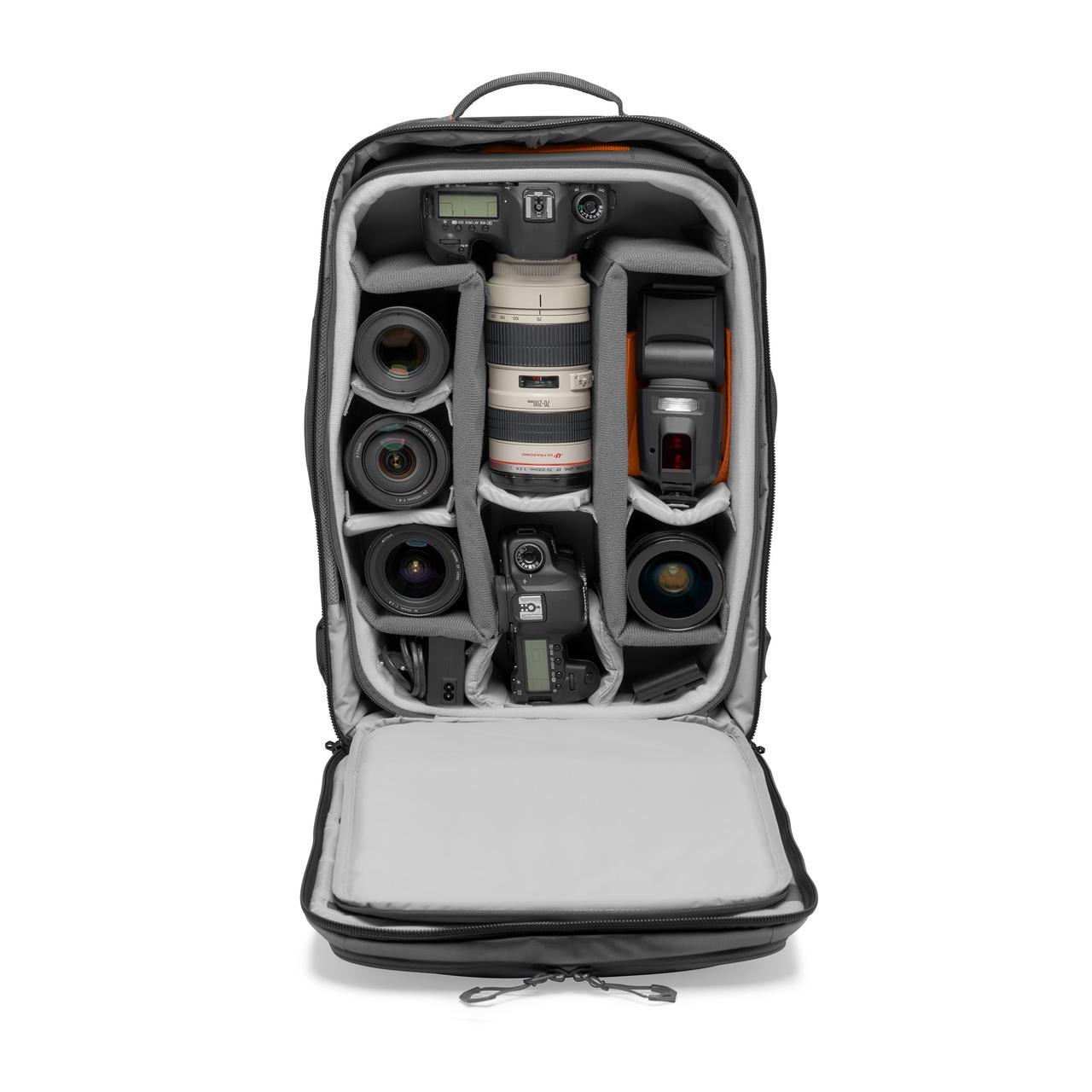 画像6: プロフォトグラファー向けバッグ。機内持ち込み可能サイズで便利!