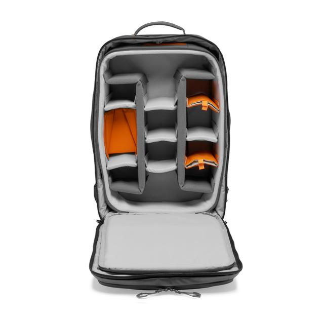画像7: プロフォトグラファー向けバッグ。機内持ち込み可能サイズで便利!