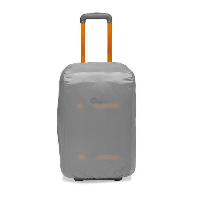 画像12: プロフォトグラファー向けバッグ。機内持ち込み可能サイズで便利!