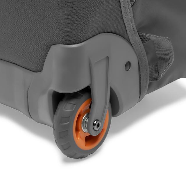 画像11: プロフォトグラファー向けバッグ。機内持ち込み可能サイズで便利!