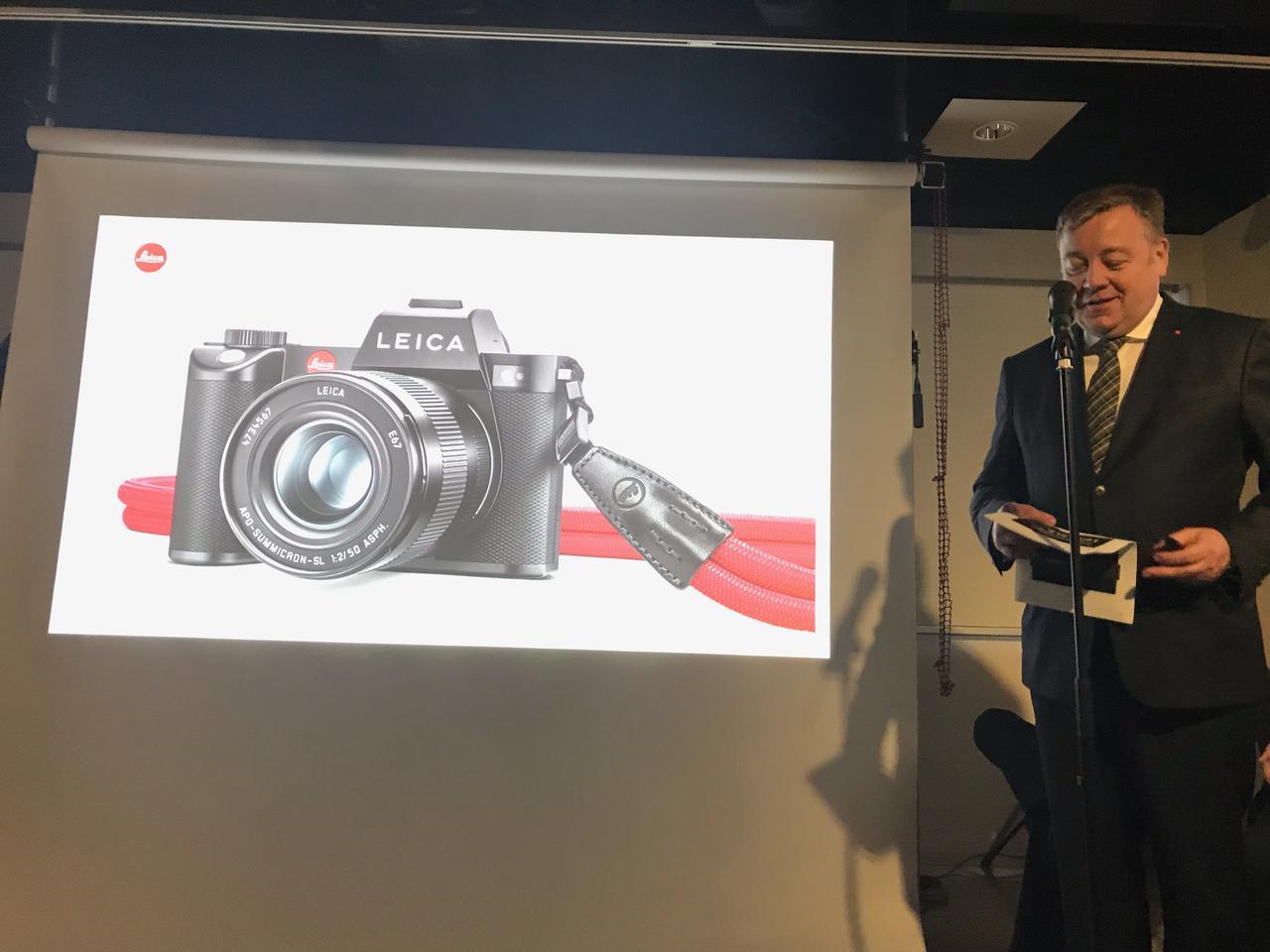 画像: ▲ライカカメラ社のカメラ開発責任者であるステファン・ダニエル氏によるプレゼンテーション。