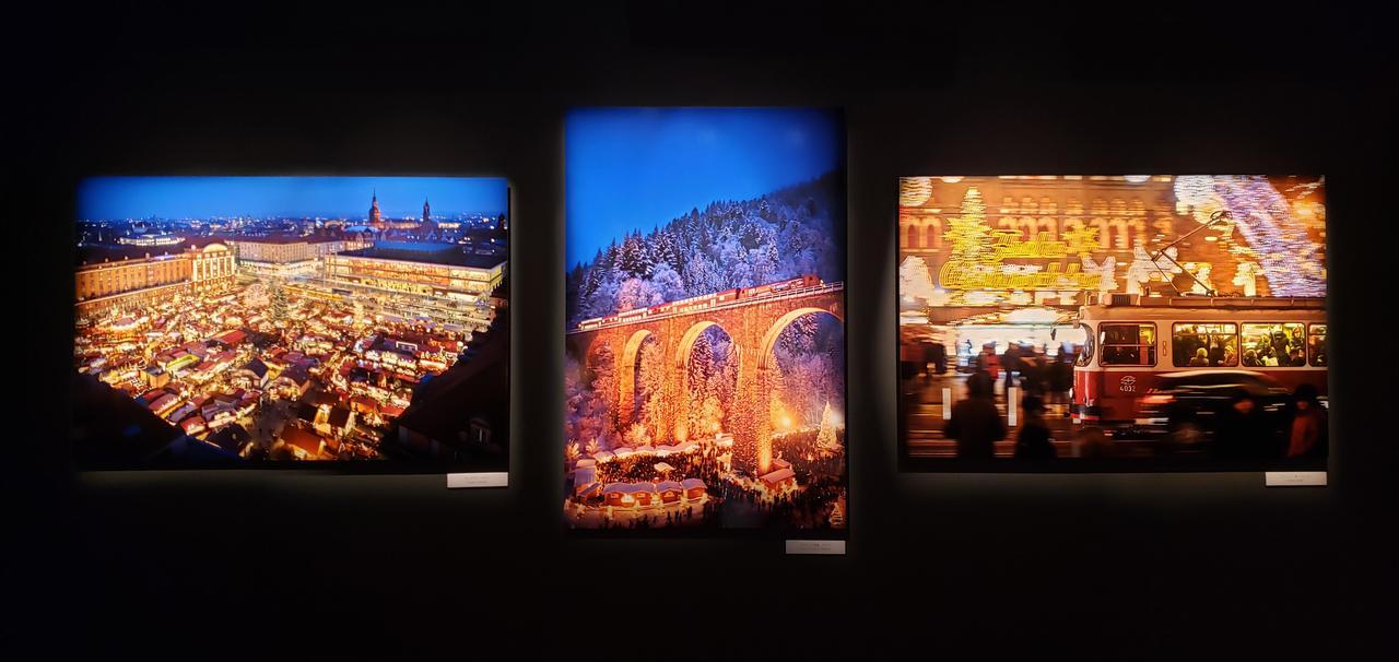 画像: 展示作品より。 (左)ドイツ、ドレスデンのクリスマスマーケット(中央)ドイツ、ラベンナ渓谷 (右)オーストリア、ウィーン