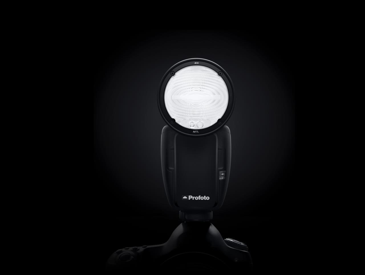 画像: 世界最小のスタジオライトProfoto A1X | Profoto (JP)